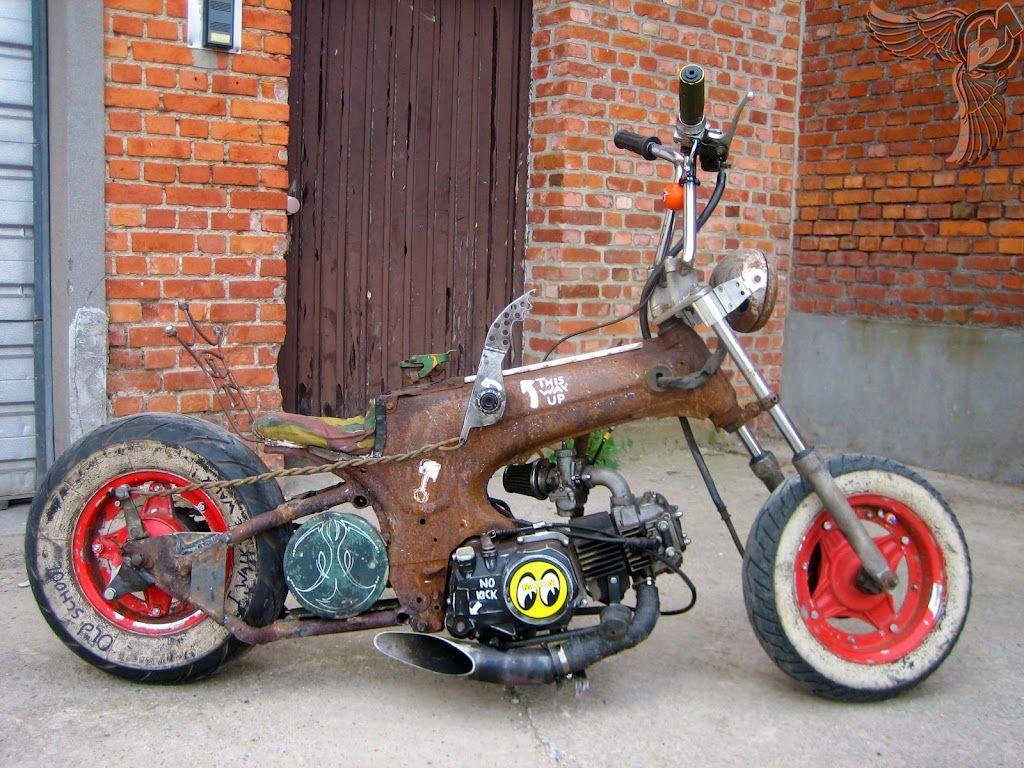 Suicide dax chopper the old garage whip bike for Garage toyota dax