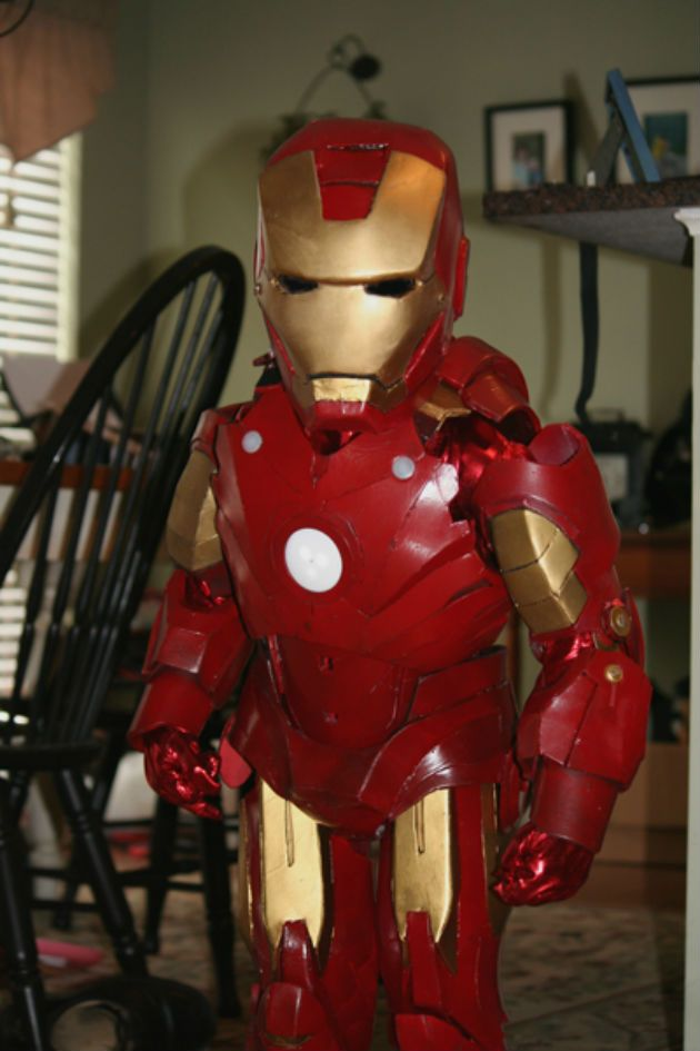 Check out this 5-year-old's incredible Iron Man cosplay