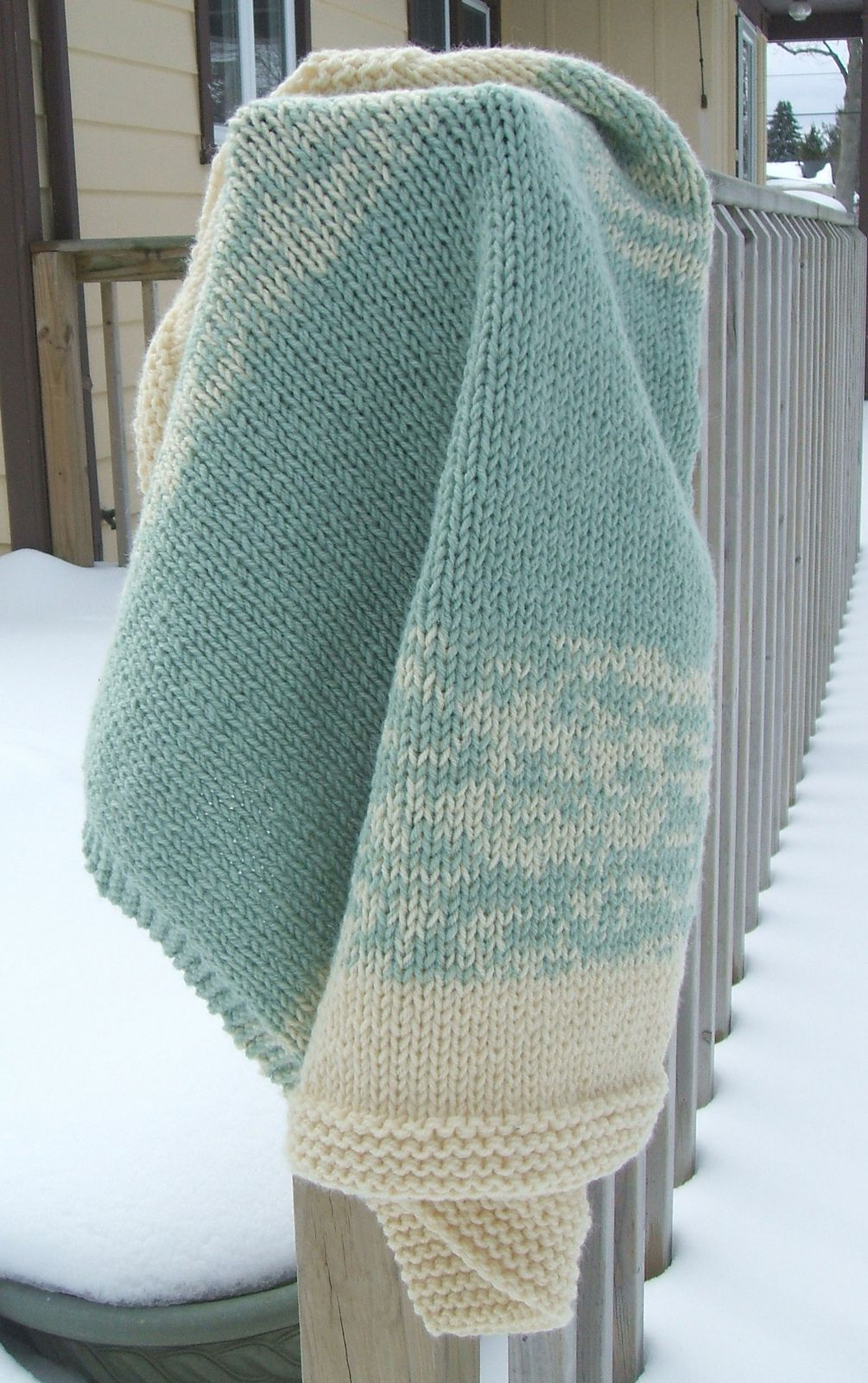 Ravelry: Drifting Stripes 8-Hour Baby Blanket by JoAnne ...