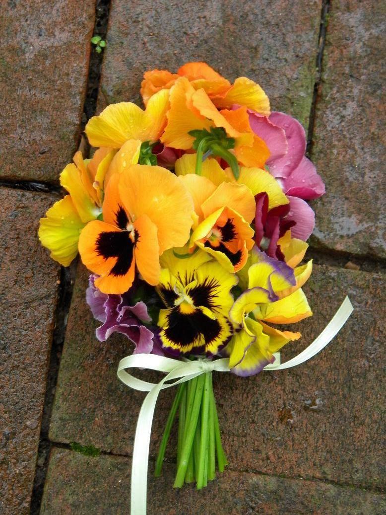 Bouquet Of Pansies Pansies Flowers Orange Wedding Flowers Wedding Flowers