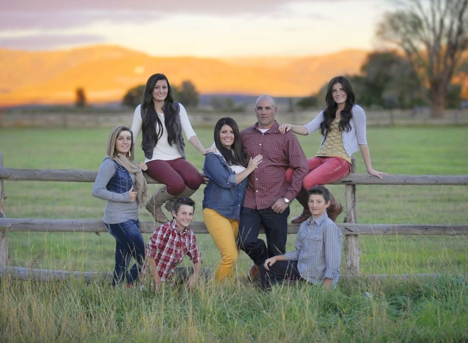 Country Family House: Country Family, Family Photography, Sunset, Western Family