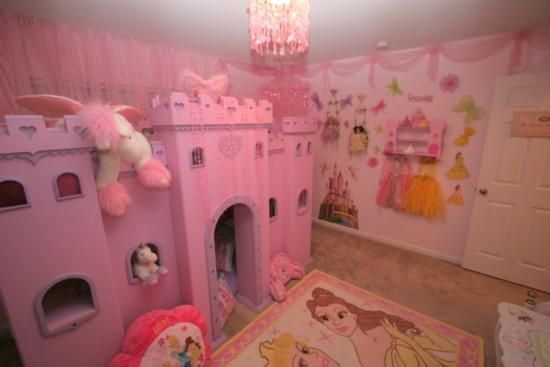Pink disney princesses castle cartoons theme for kids for Disney princess bedroom ideas