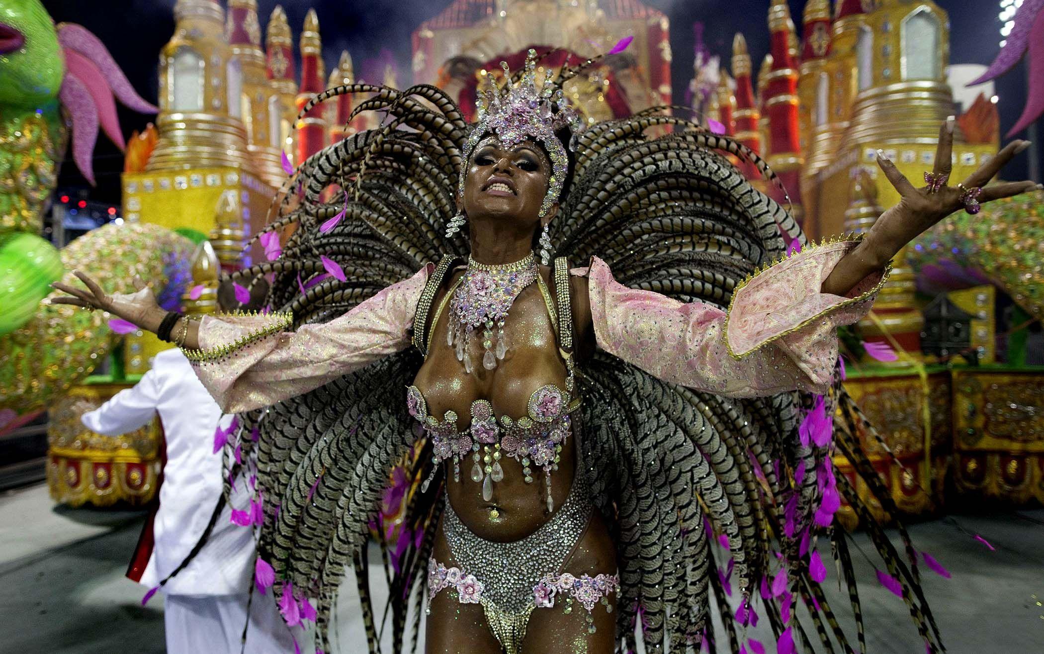 Brasil Carnival 2013 (America)