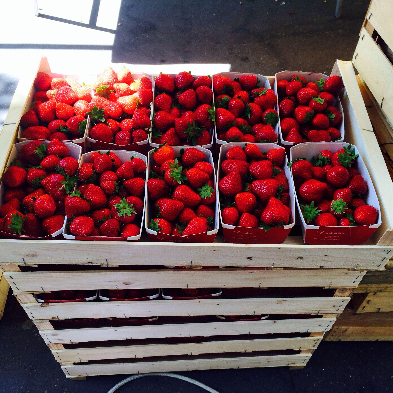 Strawberries at Oberkampf market Paris