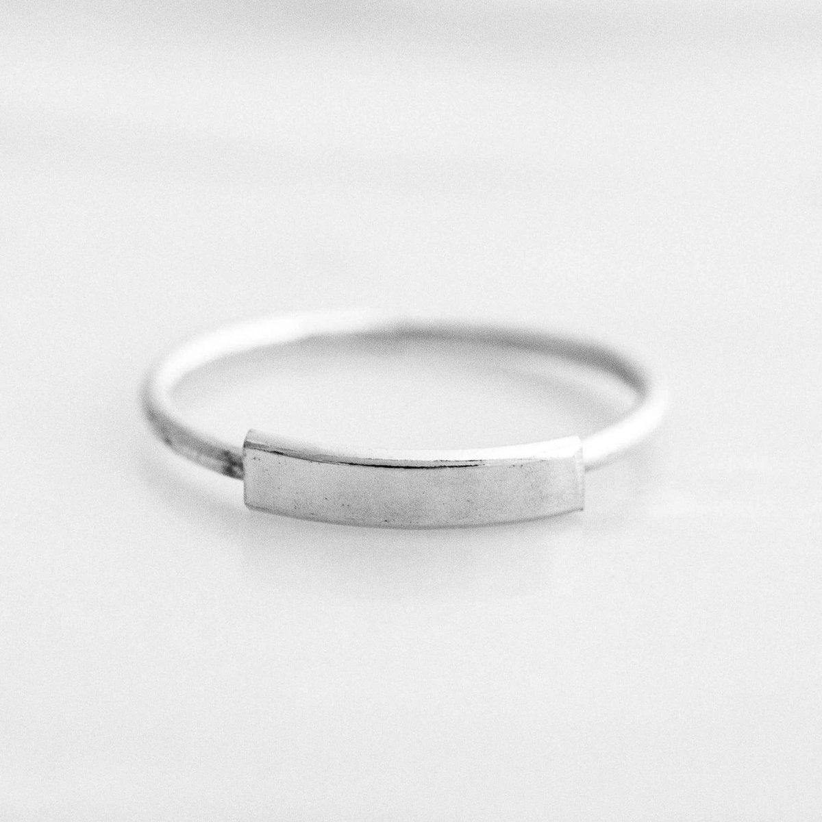 Photo of Minimal Bar Ring