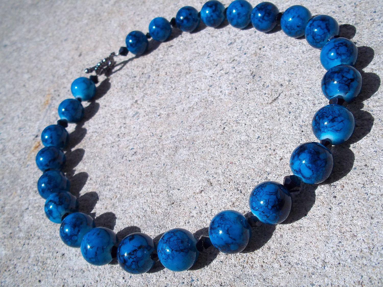 Black & Blue Glass Bead Necklace