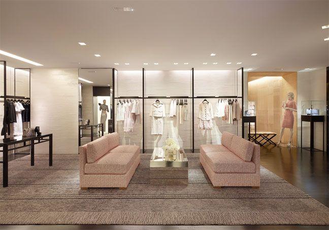 664805ac041 Boutique Chanel Du Nouveau Avenue