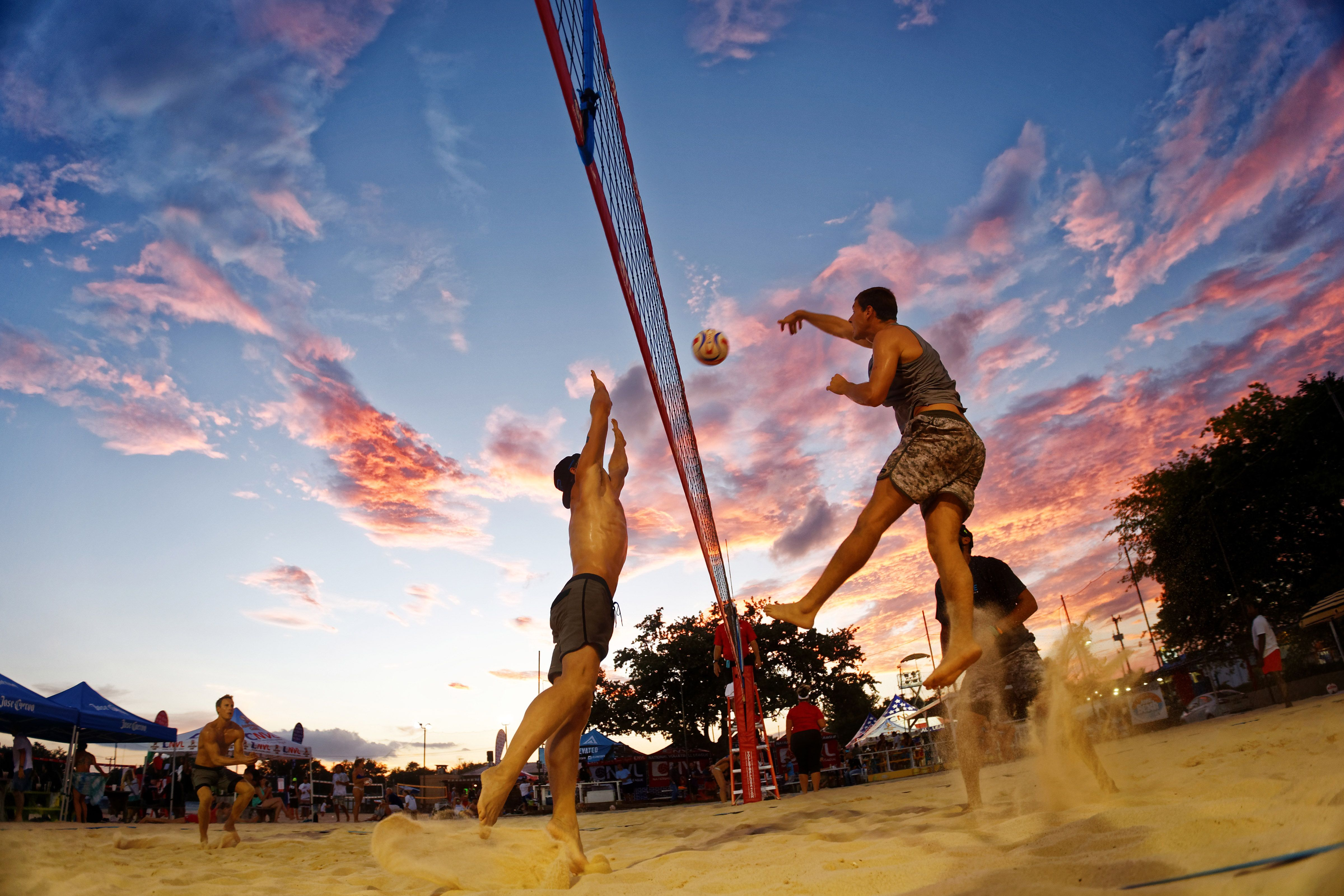Up And Coming Eric Zaun Living The In A Van Beach Volleyball Life Beach Volleyball Volleyball Volleyball Articles