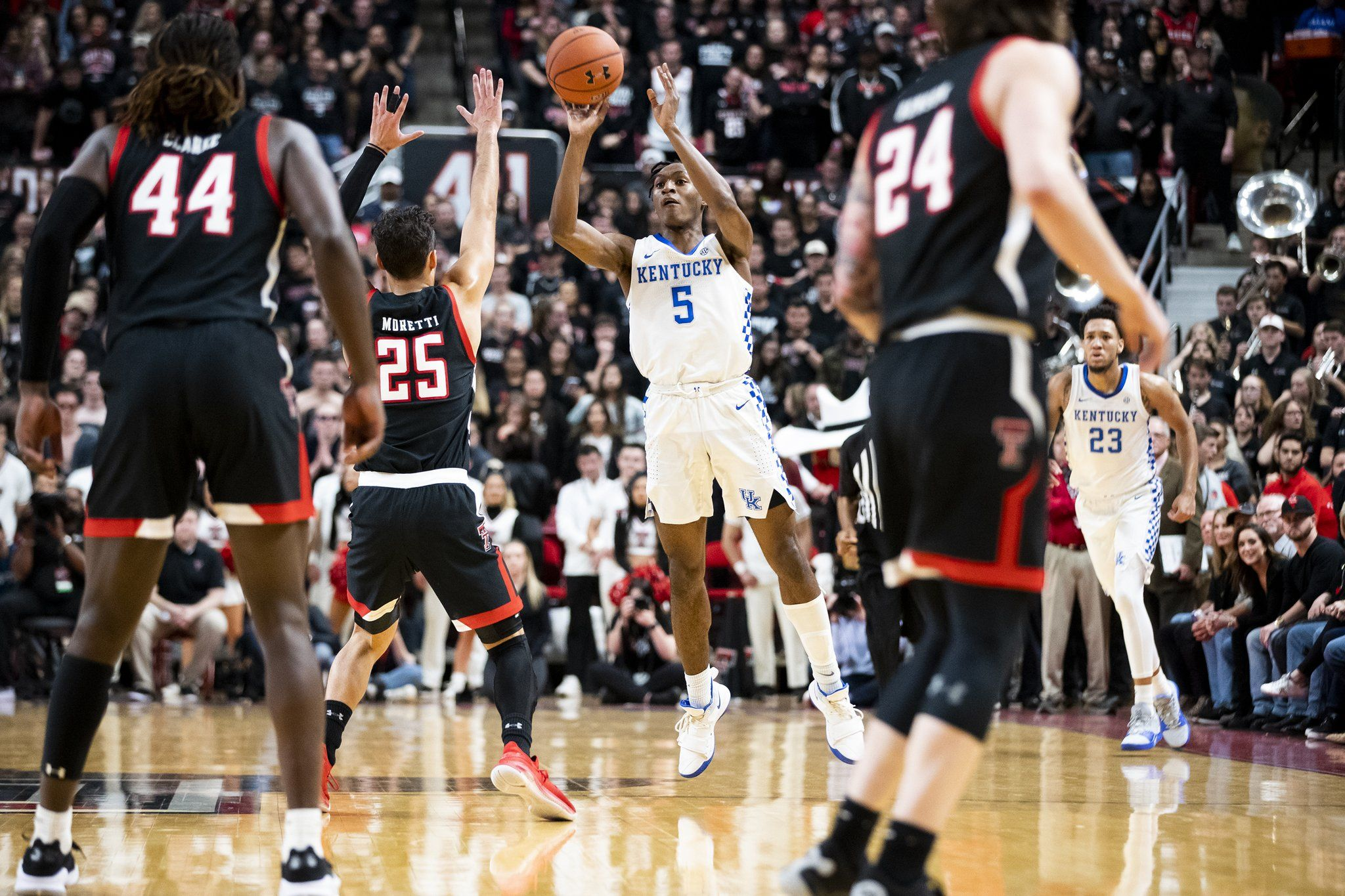 Kentucky Basketball on Twitter in 2020 Kentucky