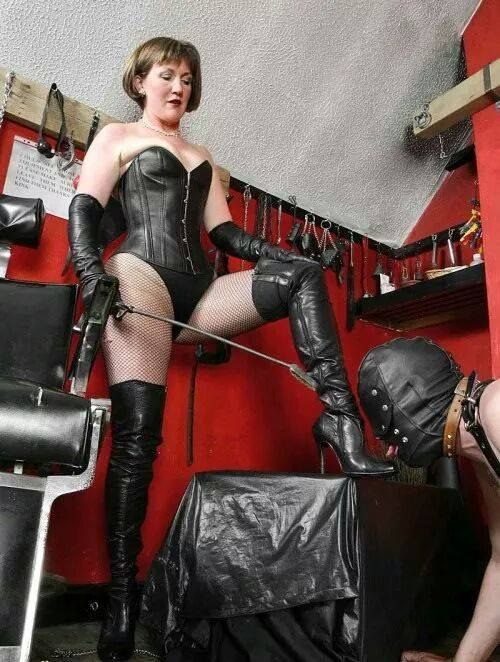 Pin On Mature Domme-2295