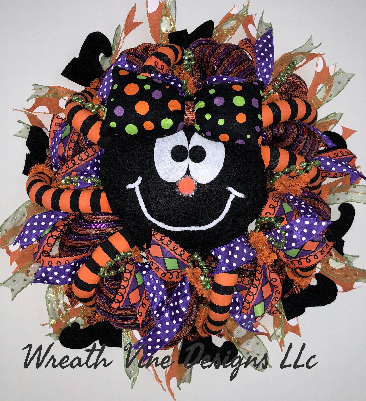 Spider Wreath, Halloween Spider Wreath, Spooky Wreath, Custom Halloween Wreath,