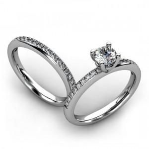 Engagement Ring And Wedding Band Set 43
