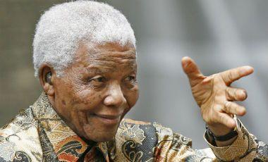 29.03.13: Gobierno sudafricano informa que Mandela mejora de forma constante la infección pulmonar | Mundo | LA TERCERA