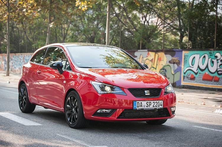 Immer dabei: der #SEAT Ibiza   --- SEAT Ibiza; Kraftstoffverbrauch, kombiniert: 5,9 – 3,4 l/100 km; CO2-Emission, kombiniert: 139 - 89 g/km; CO2-Effizienzklasse E - A+.*