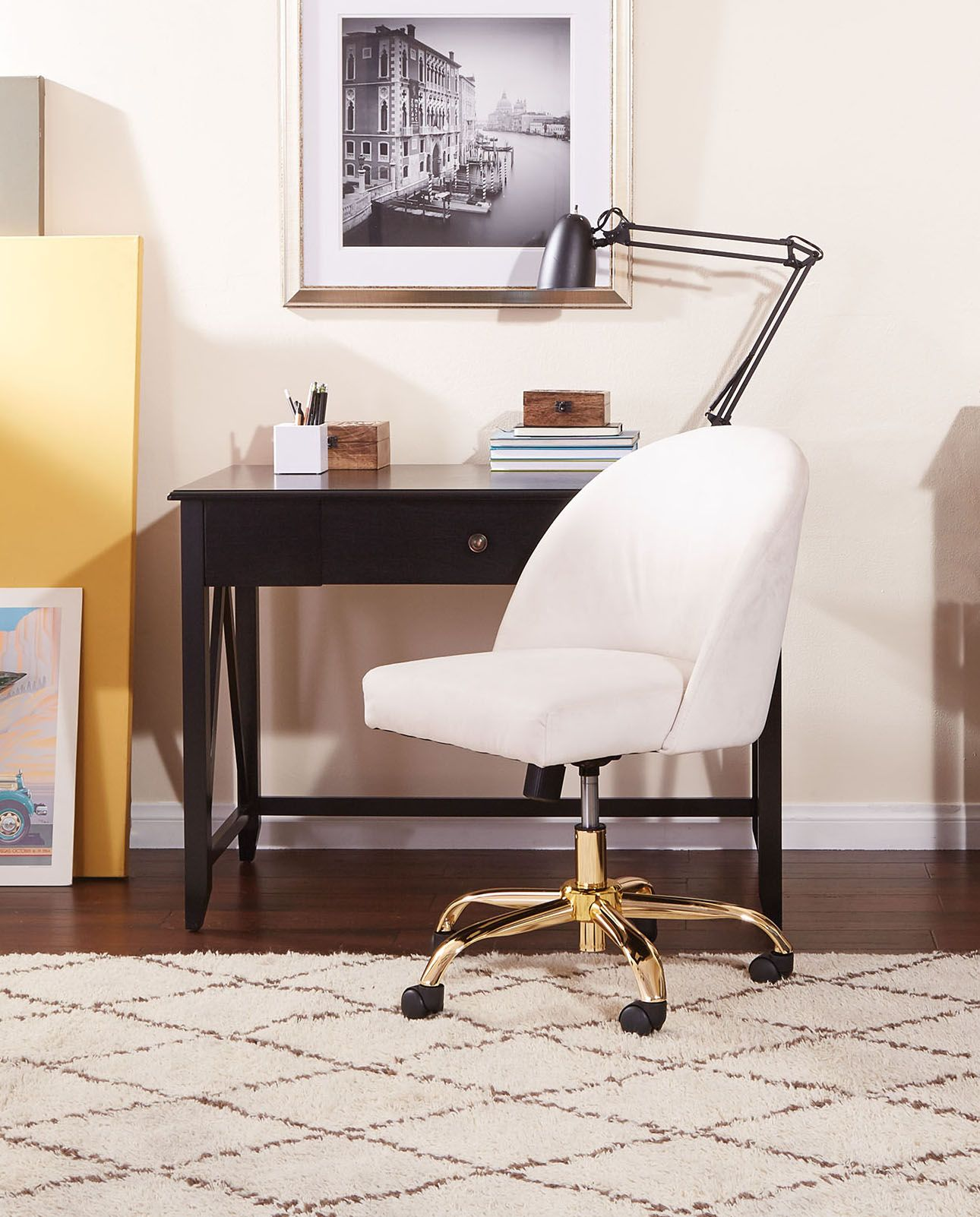 The Avenue Six Layton Office Chair Combining Style Of An Accent With