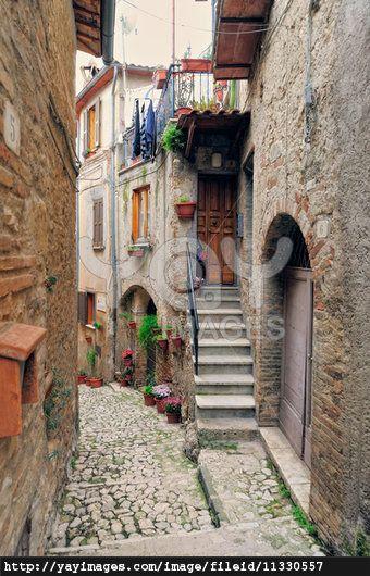 Quaint villages in Italy | Italian Village | My Imagined ... Quaint Village