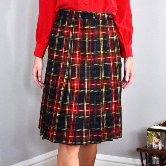 785d0e9641 Vintage 80s Black and Red Plaid Pleated Skirt, 29 Inch Waist ...