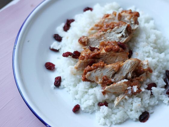 Cranberry Chicken [oh good, this is the Crazy Chicken recipe Gary Castner gave me when we were teaching]