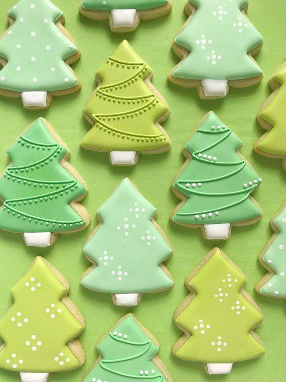 Photo of Christmas Tree Desserts + Christmas Tree Crafts