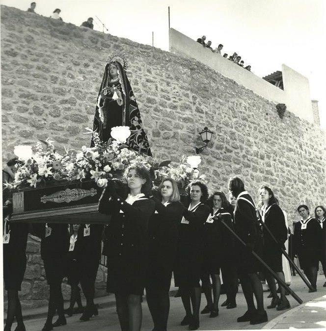 Años 90, bajada del templo del Pilar en la procesión del Pregón (Antonio Royo)