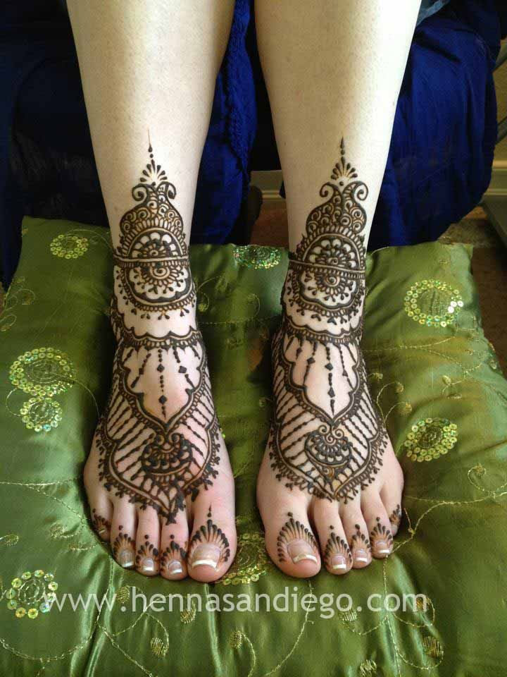 Henna Sandals for destination wedding.
