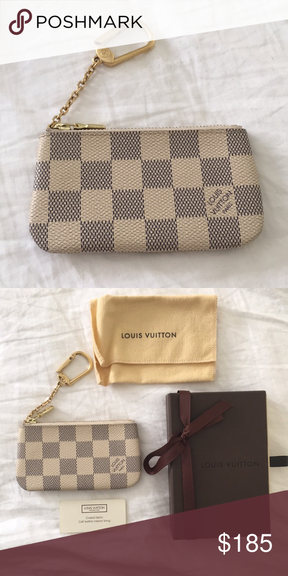 fb56c41432a Louis Vuitton classic checkered key pouch 4.7 x 2.8 inches (Length x  Height) -