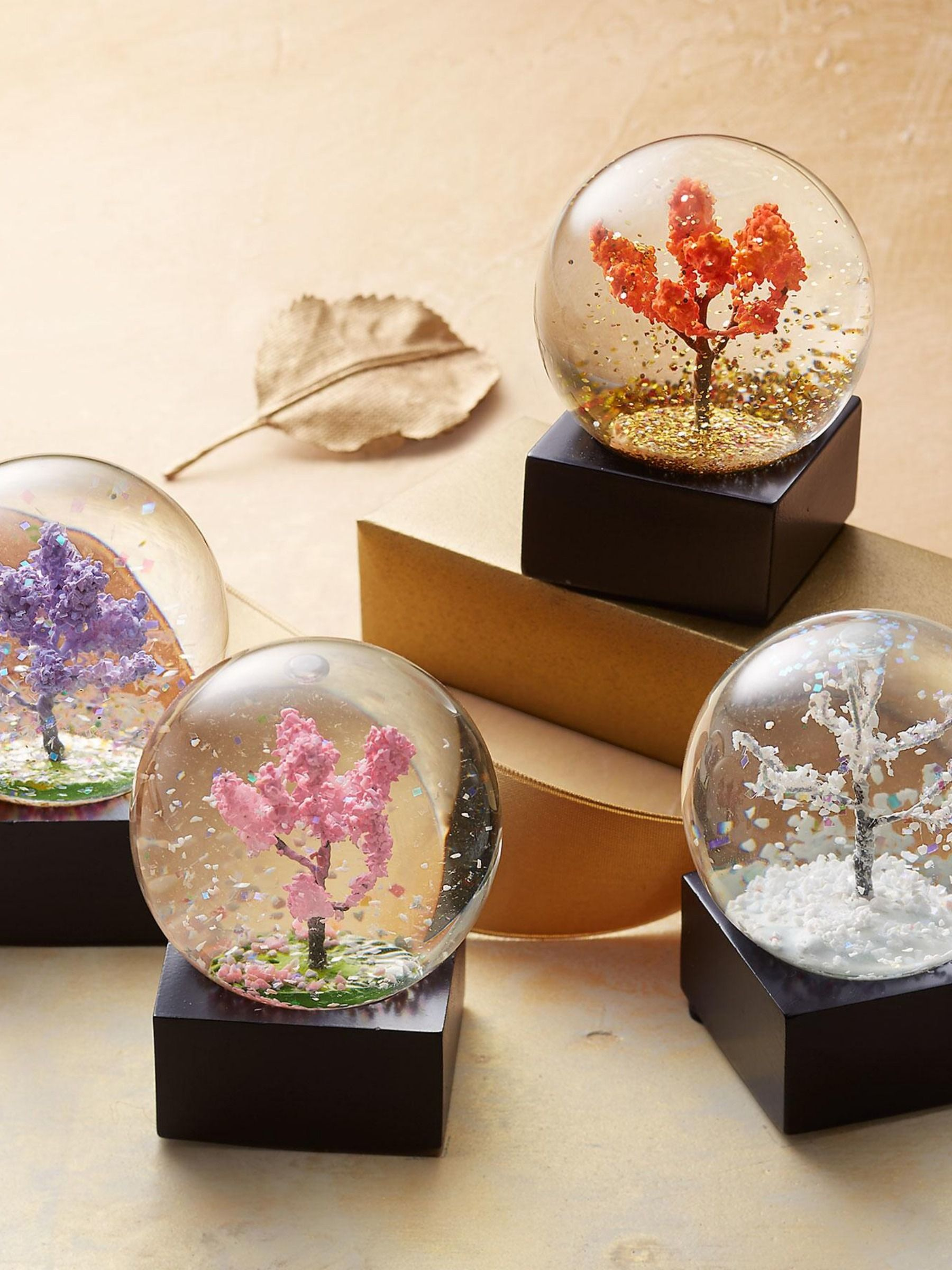 Four Seasons Waterglobes Set Of 4 With Images Snowglobes