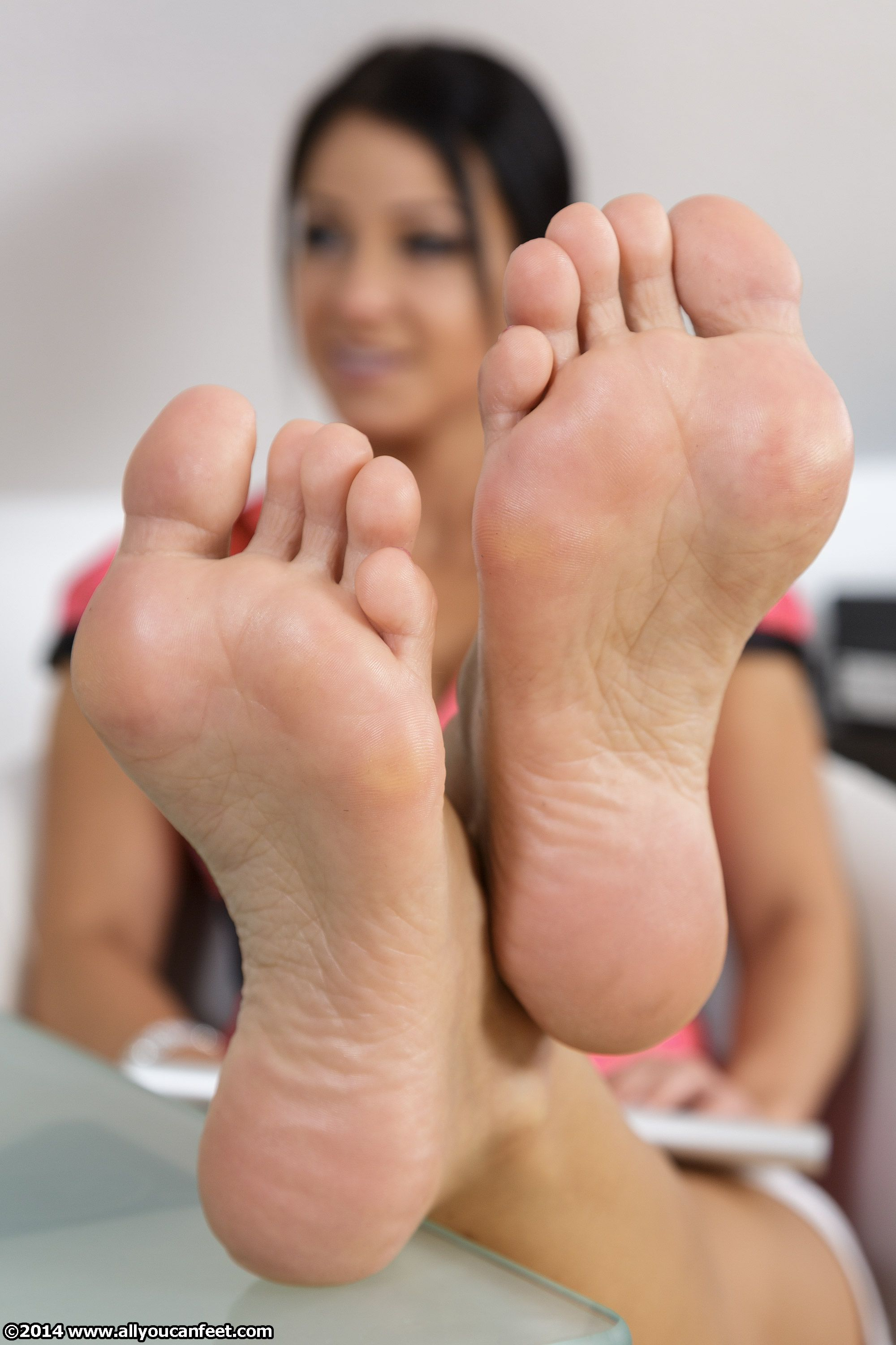 Pin On Feet-9883
