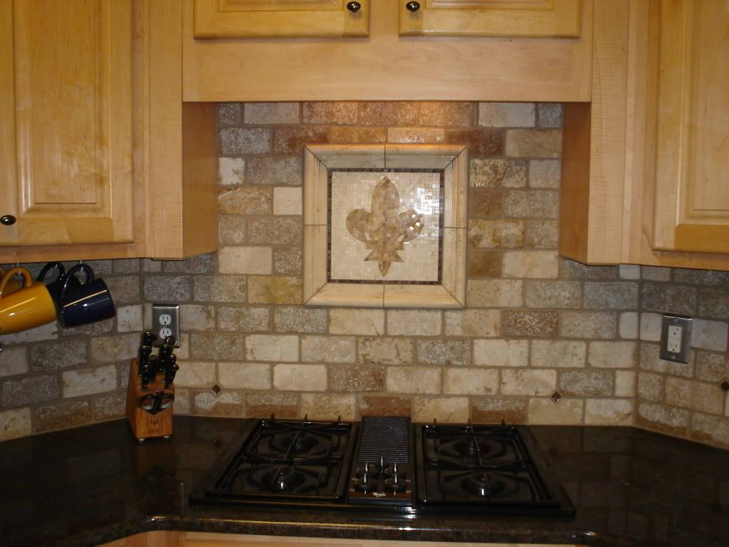 Back Splash Tile Ideas subway tile with over-the-stove tile design | http://www