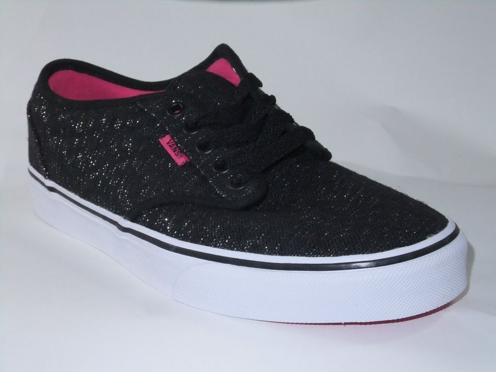 womens Skateboarding Shoes Canvas running horses on black Sport Sneaker