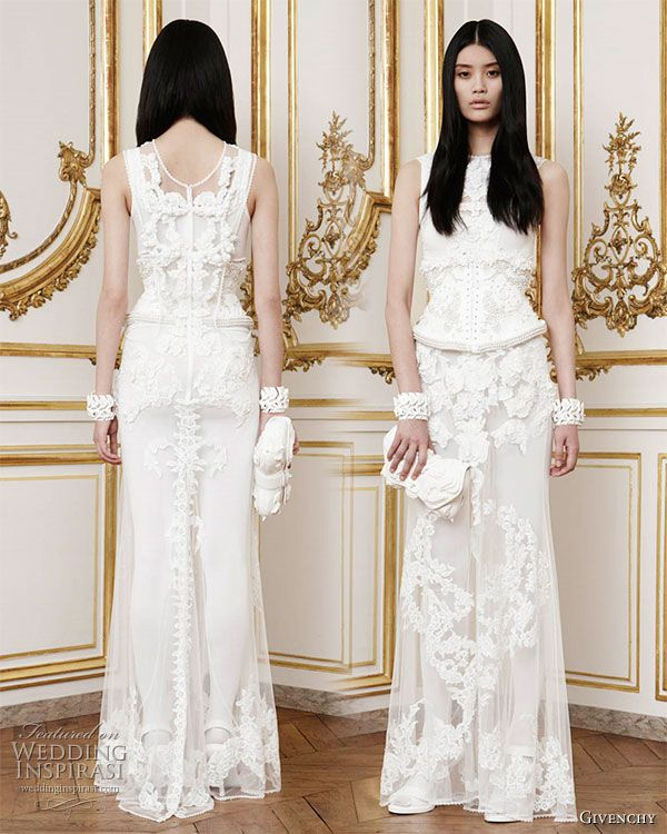 Givenchy fall 2010 haute couture collection white tulle givenchy fall 2010 haute couture collection couture wedding dressesfall junglespirit Choice Image