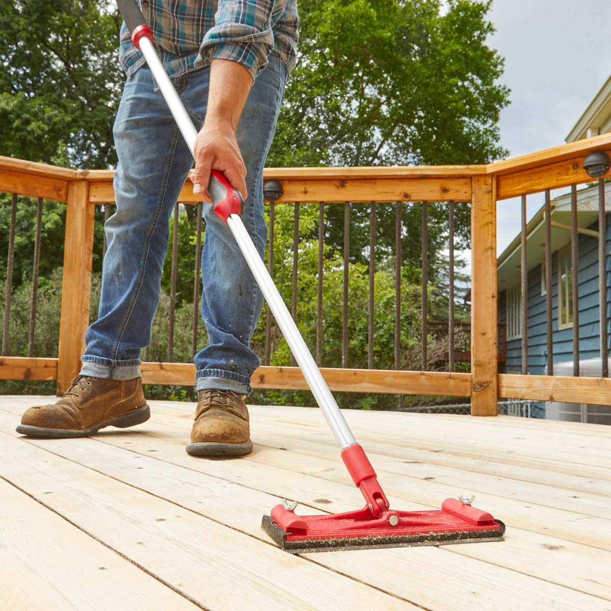How To Apply Behr Quick Dry Oil Base Wood Finish Diy Deck Staining Deck Modern Deck