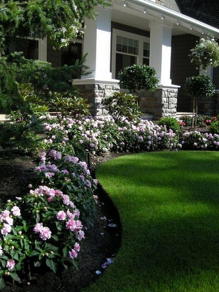 33+ Top Traditional Landscape Designs Front Yard #landscaping ...