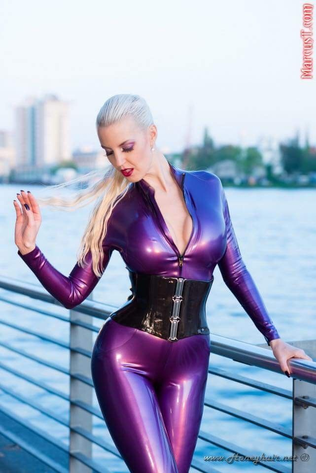 latex in Sexy lingerie babe