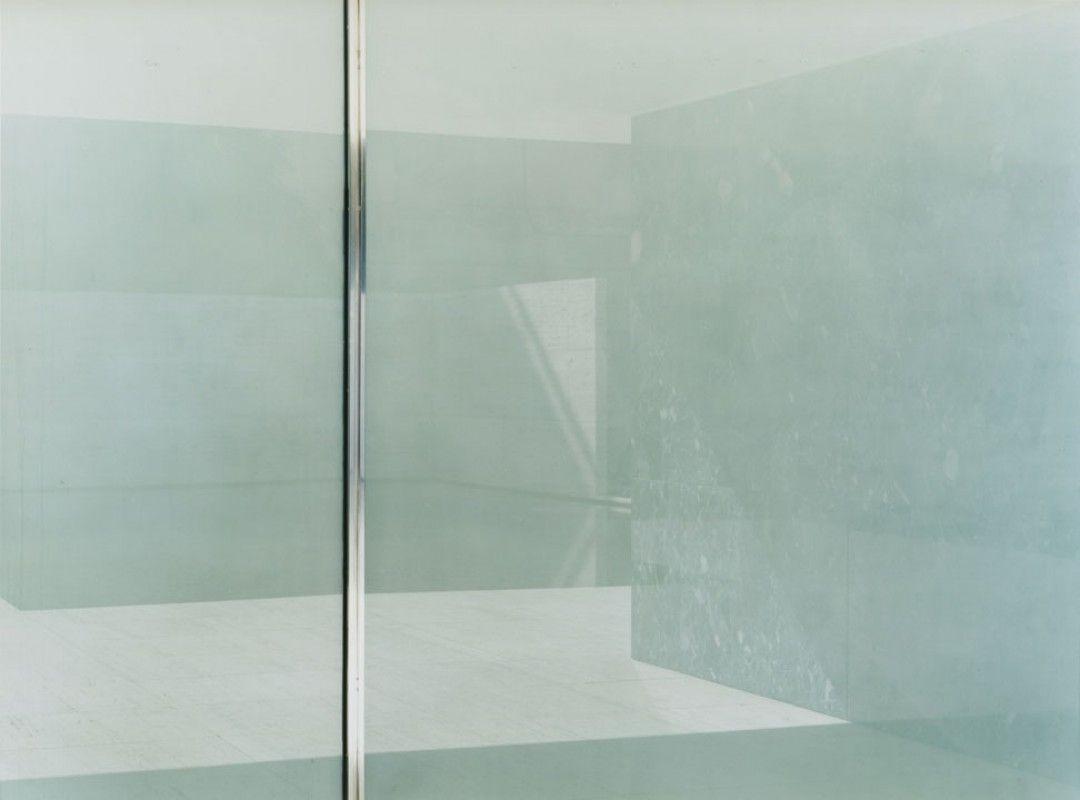 Ola Kolehmainen 2006. Less less is is more more, c-print diasec