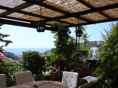 Per chi ha la fortuna di avere una casa con un terrazzo o una bella veranda