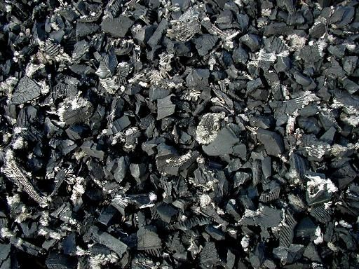 Rubber Bark Chips ~ Quot rubber for horse footing makes the arena less dusty