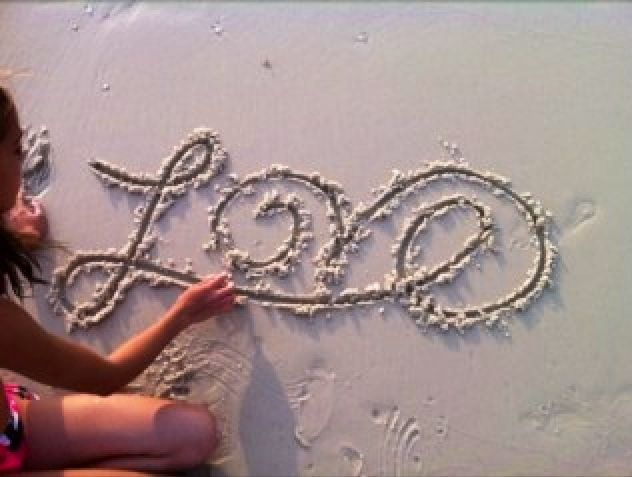 Cool Way To Write Love In The Sand Fonts Pinterest Schrift