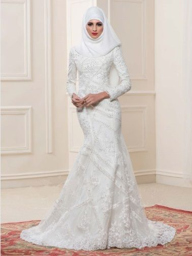 This Mermaid Style Arabic Muslim Wedding Gown With Hijab Would Be Beautiful And Elegant For Muslim Wedding Gown Jeweled Wedding Dress Wedding Dresses For Girls