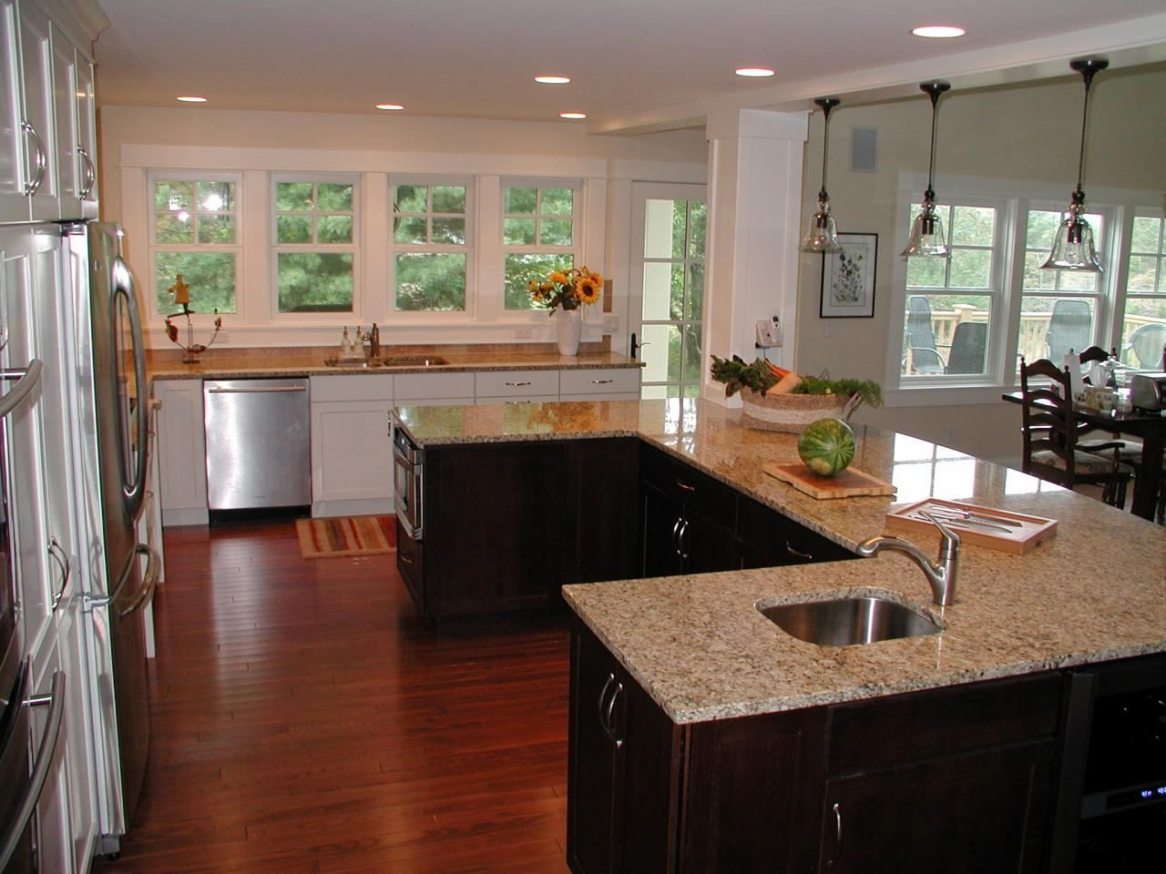 sink kitchen best wet bar images dimensions under window ideas refrigerator small do it yourself on u kitchen with island id=87481