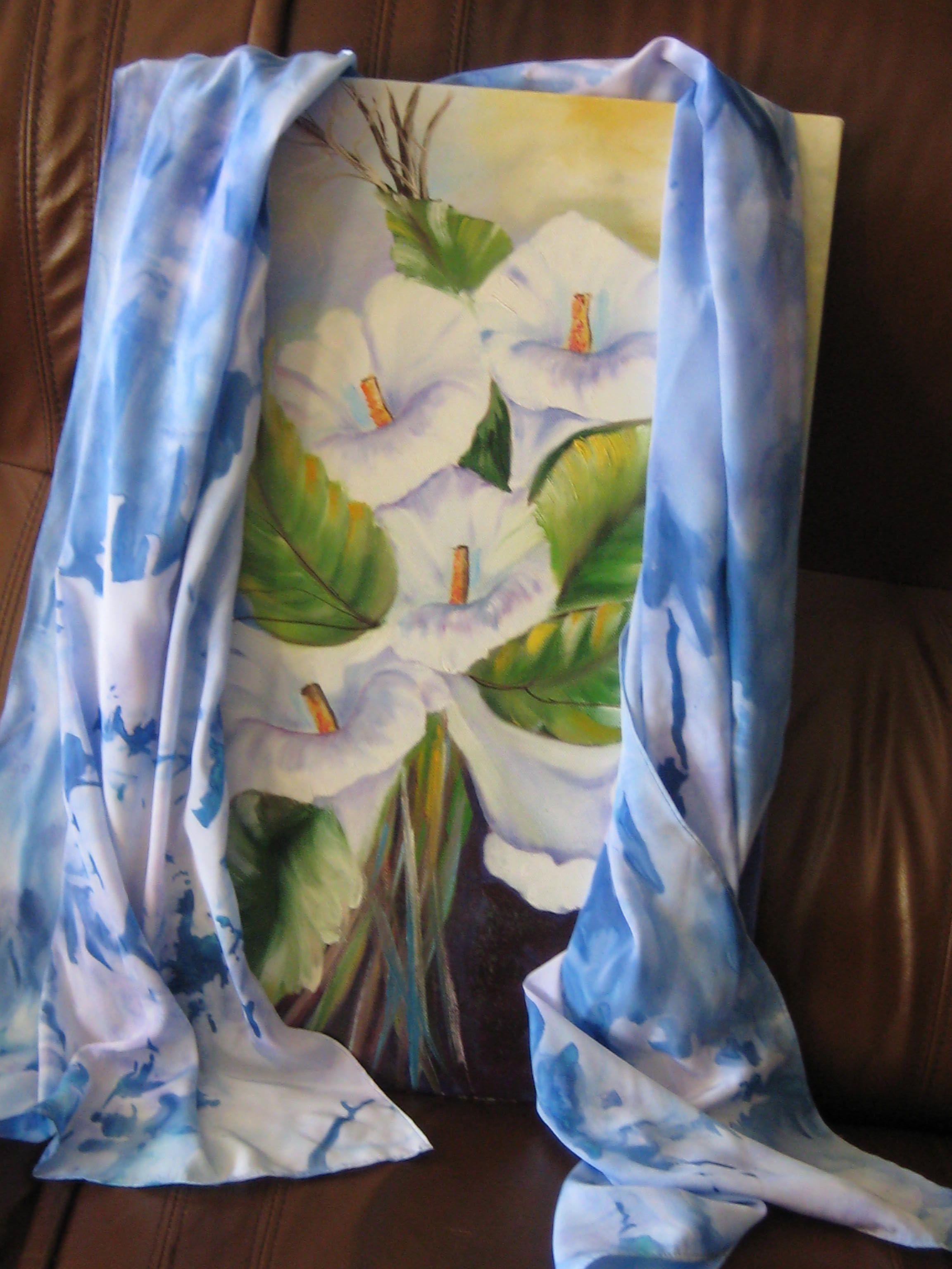 Tela a oleo e echarpe de seda pintada á mão,de minha autoria
