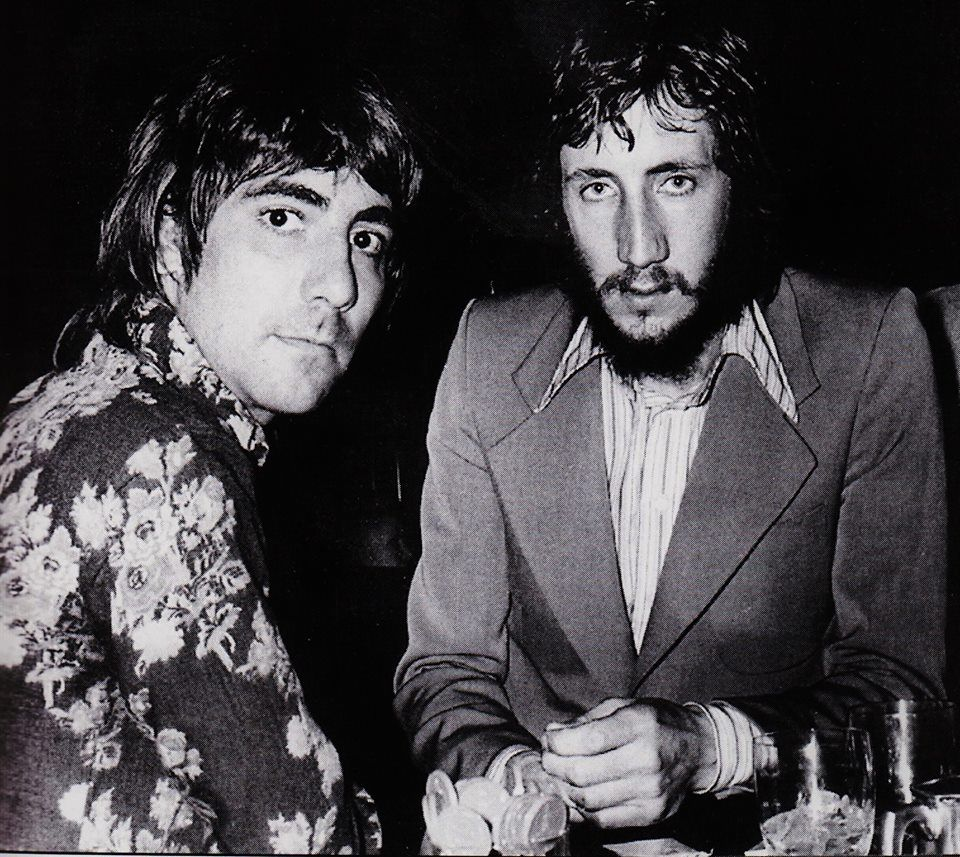23470bc15af56 Keith Moon   Pete Townshend LOVE THIS PHOTO!!!