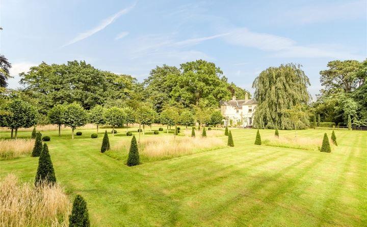 Savills Twyford Dereham Norfolk Nr20 5lz Property For Sale Property For Sale Estate Agent Property