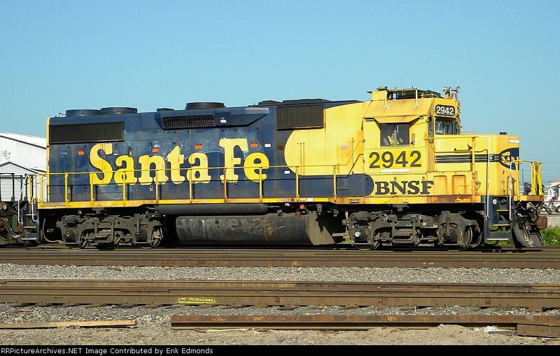 Bnsf 2942 bnsf railway train travel train