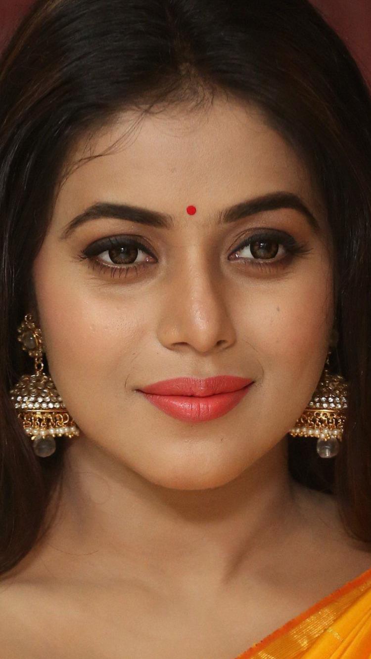 Poorna kasim | Indian eyes, Indian actresses, South actress