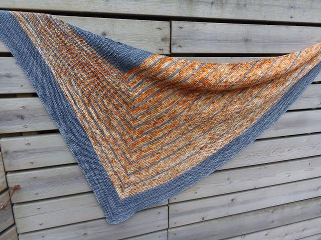 Lankaterapiaa: Raitatutkimuksia - Stripe Study Shawl by Veera Välimäki
