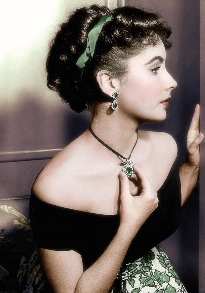 Elizabeth Taylor Beautiful Color Photo Of Her Elizabeth Taylor Beaute Vintage Actrice
