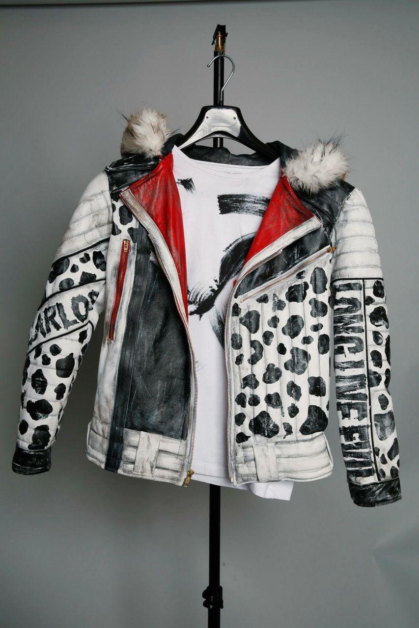 I want this jacket!!! Descendants costumes, Disney