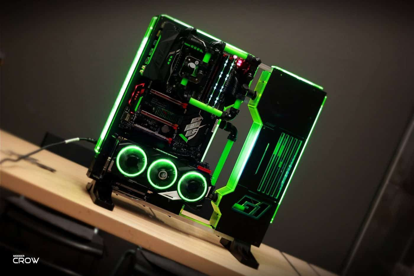 This Week S Build Comes From Modder Crow Who We Ve Featured Here Before He Has Taken The Thermaltake Core P3 And Custom Computer Custom Pc Computer Hardware