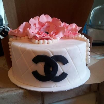Gorgeous classy birthday cake made by The Cake Lady Kirsten Cook